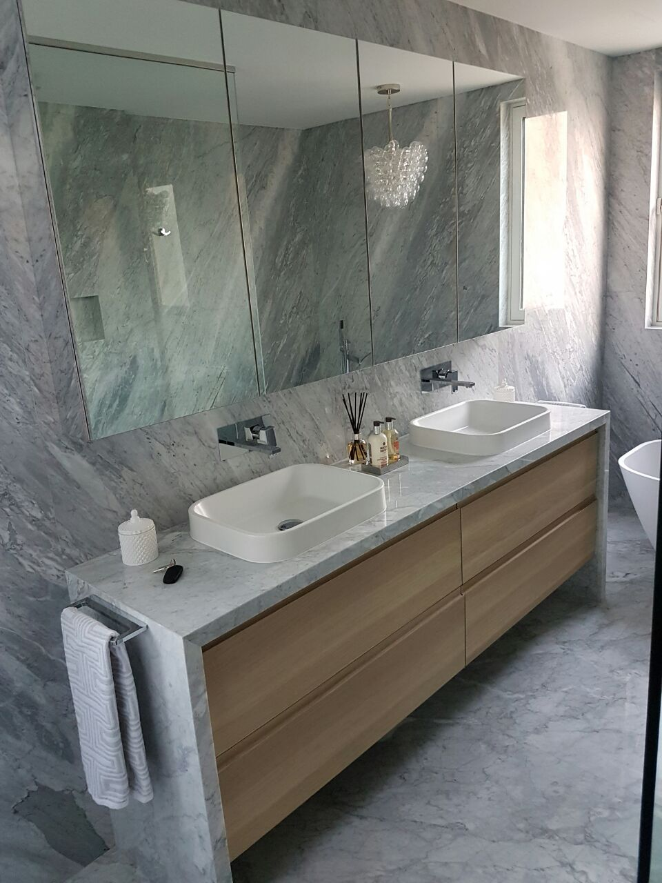 suppliers at alibaba marble molded for and manufacturers tops vanity white showroom toilet com